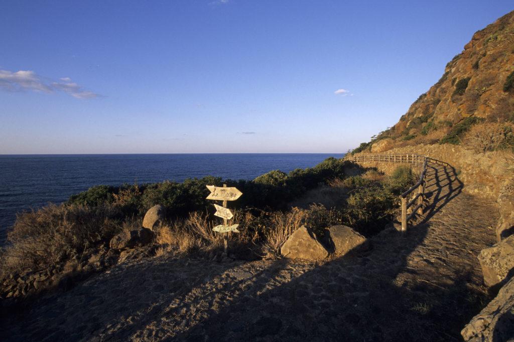 Capo Graziano - Villaggio Preistorico
