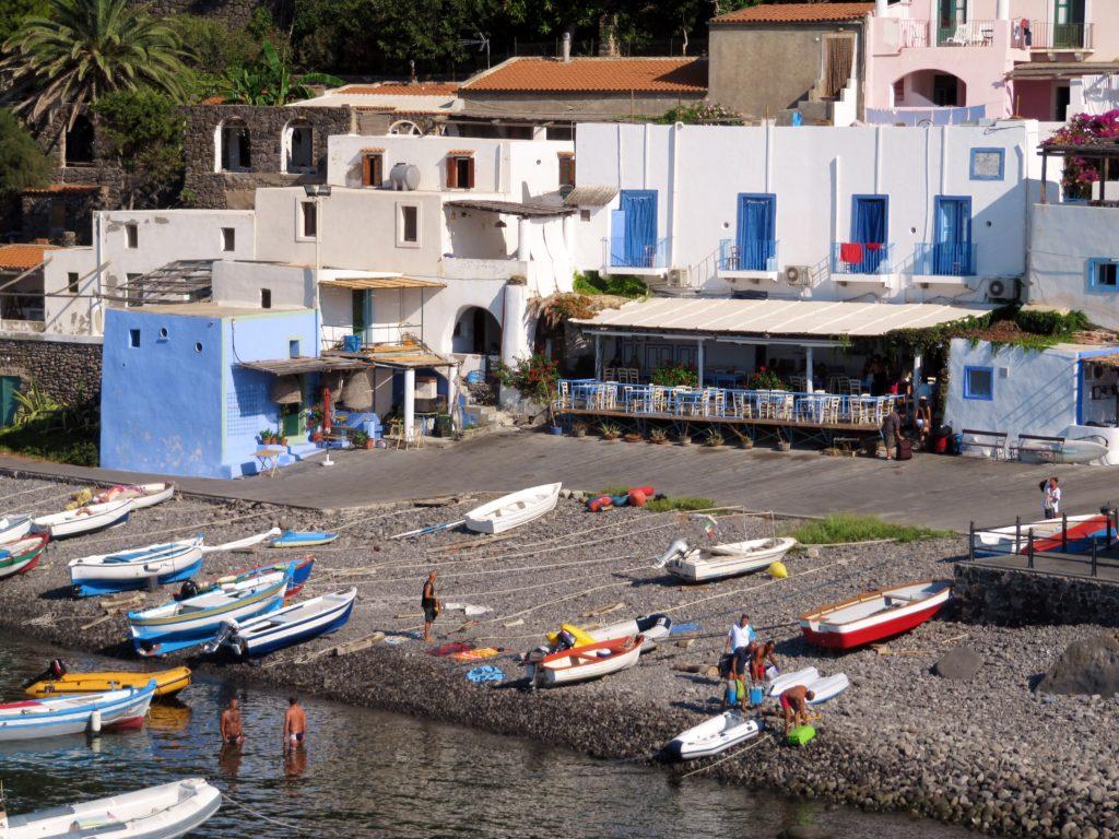 Spiaggia del Porto Filicudi