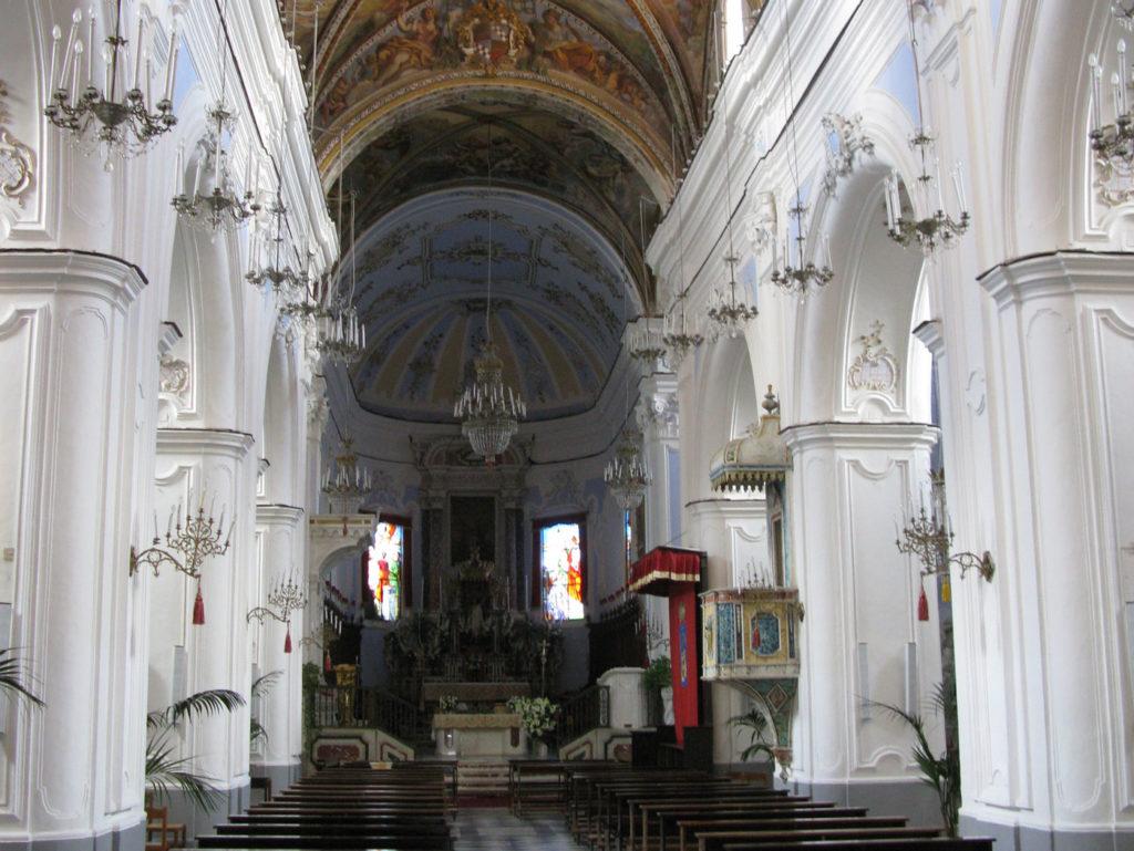 Navata Centrale Cattedrale di San Bartolomeo