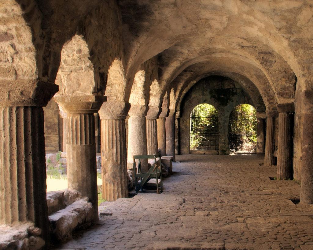 Il Chiostro Normanno di Lipari