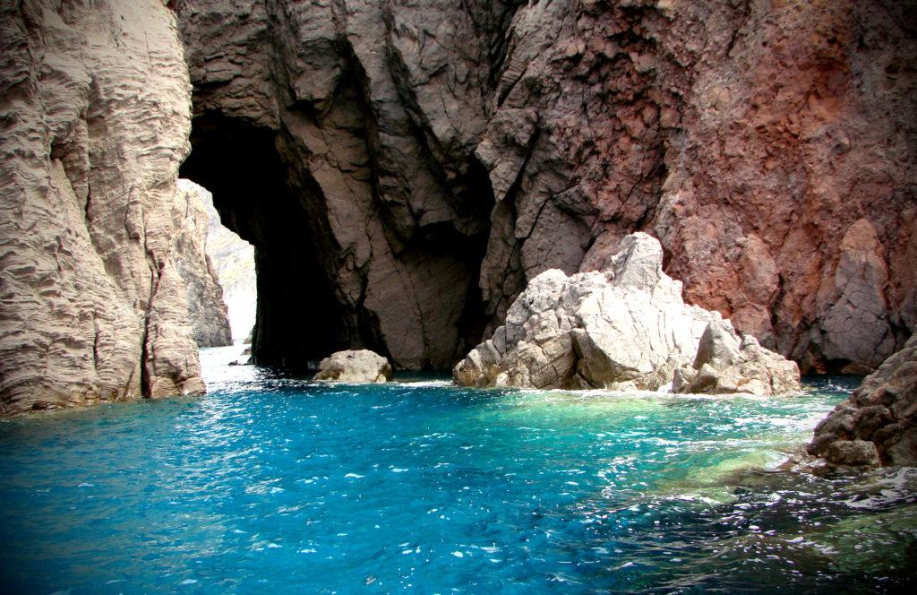 Grotta del Cavallo