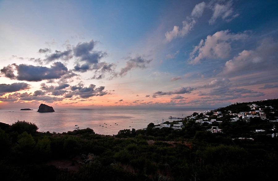 Panarea al tramonto