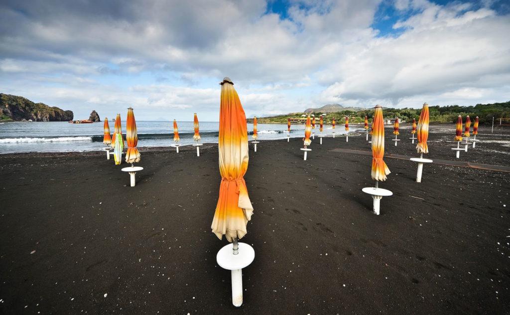 La Spiaggia di Sabbie Nere